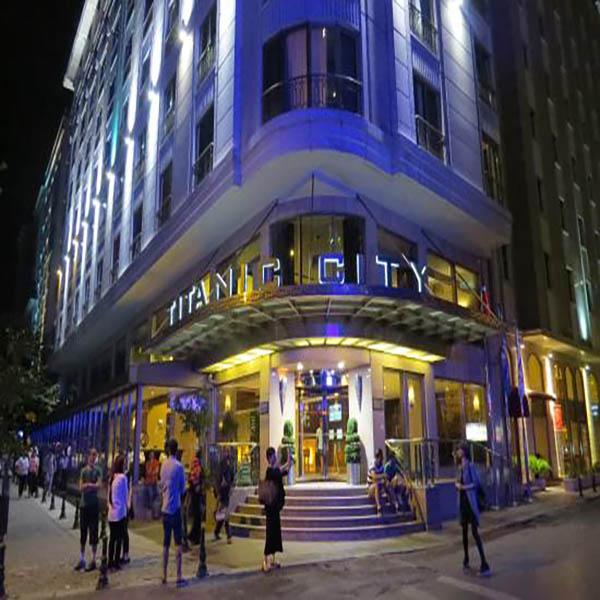 titanic-city-hotel